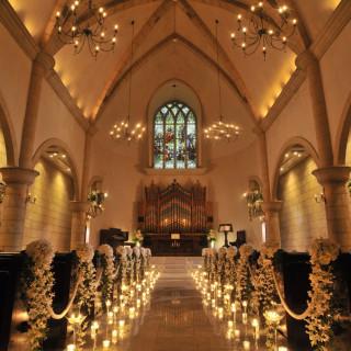 【月に一度の感動フェア!】大聖堂での模擬挙式体験×無料試食