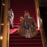 ロビー階段での撮影が前撮り写真では人気です。