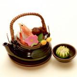 季節の土瓶蒸し 旬の食材にあわせて、ご提案いたします