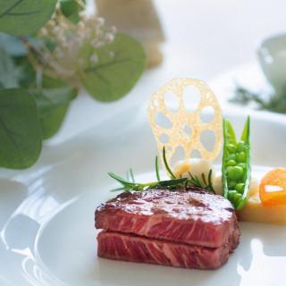 【ベルクラまるごと体験】特選和牛試食×チャペル感動入場体験