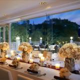 夜の素敵な空間☆イルミネーションがキラキラ光り幻想的な雰囲気に。大人の結婚式を味わってみませんか。
