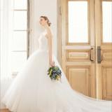 ~ウェディングドレス~なんとウェディングドレスは「セミオーダードレス」♪人生に一回しかない結婚式で綺麗な状態でドレスを着用して頂けます♪