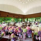 「The Terrace Room」は、窓ガラス越しに広がる中庭と中島公園の四季折々のロケーションを望むことのできる開放感溢れるパーティスペースです。