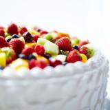 洗練された大人のデザインから、華やかなウエディングケーキまでおふたりのご希望をお伺いいたします