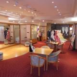 専属ドレスサロン「ビアンベール」広々とした空間には最新ドレスと和装が豊富に取り揃えられている。