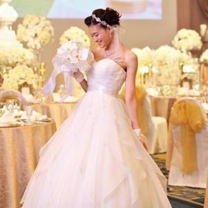 【完璧な花嫁姿に】上質ドレス試着フェア