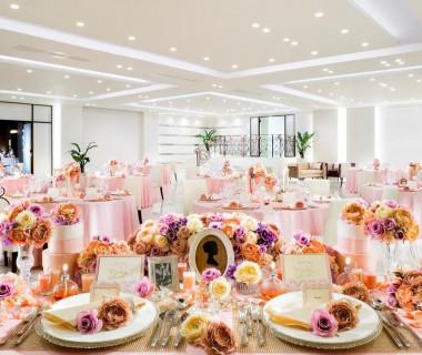 白×ピンクは花嫁の憧れコーディネート