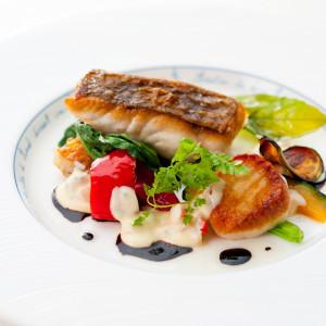 天然真鯛のポワレ ブールブランソース 新鮮な食材にこだわって 赤坂ル・アンジェ教会の写真(1827867)