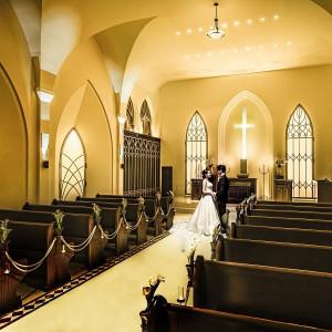 温かな光に包まれ、絆と感謝を感じる感動のセレモニーを。|赤坂ル・アンジェ教会の写真(7272537)