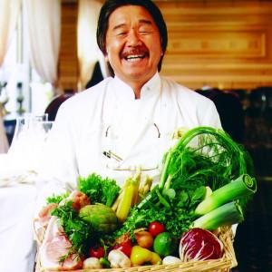 フレンチの鉄人「坂井シェフ」がオーナーを務める|赤坂ル・アンジェ教会の写真(223598)