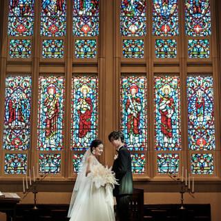 【ベストレート保証】海に浮かぶ大聖堂での生演奏挙式料¥0!式場探し1軒目&午前来館でさらにお得