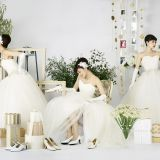 専属のコスチュームアドバイザーとイメージを膨らませて貴女らしいドレススタイルをコーディネート。