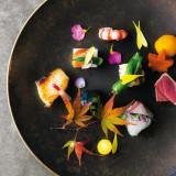 ひと皿に込めるこだわりと想い。五感のすべてで体感いただく美しい料理