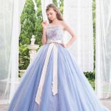 ショップオリジナルのドレスもご用意があります