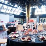 5階メインホール「ザナドゥ」。プロのライブ・イベントも行われる演出設備に加え、自動開閉式の天窓で、陽射しの入る明るい雰囲気も楽しめる。