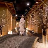 「和婚」でも人気の当館。和装での素敵な写真が残せる撮影スポットが多数!写真は、地階「日本料理 花遊膳」