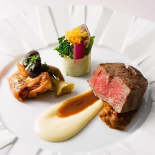 【平日★組数限定】国産牛×パティシエ特製デザート試食付フェア