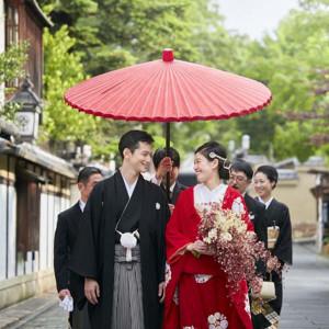 ソウドウから歩いて数分の「月真院」。花嫁行列で会場までお進みいただきます|ザ ソウドウ 東山京都(THE SODOH HIGASHIYAMA KYOTO)の写真(5815320)