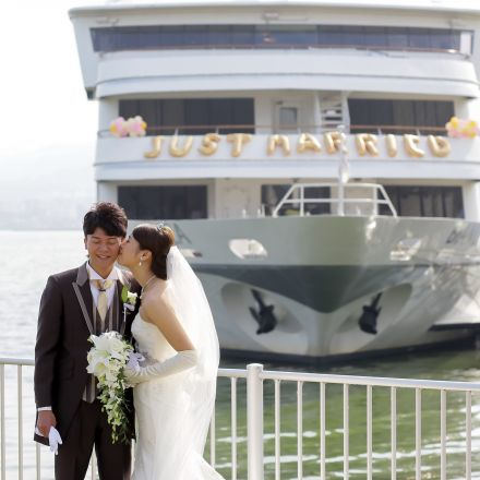 琵琶湖汽船 MICHIGAN(ミシガン)BIANCA(ビアンカ)  / びわ湖大津館