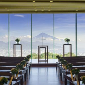 【挙式場】 富士山を正面に臨む挙式場|日本平ホテルの写真(1704497)