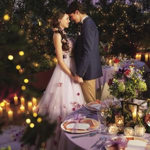 ロマンティックなキャンドルやランタンを使って、オシャレな雰囲気に(C)Disney|ベルヴィ リリアルの写真(2423559)