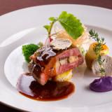 【料理のホテル国際21】が結婚式当日の豪華国産牛&フォアグラ&絶品魚料理を無料試食としてお届けします