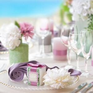パープルとピンクをメインに使った大人可愛いコーディネートを アーセンティア迎賓館(柏)の写真(879607)