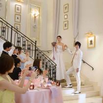 憧れのシンデレラ階段演出|アーククラブ迎賓館(金沢)の写真(843761)