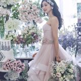 ドレスが際立つ装飾