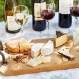 チーズブッフェ&赤ワインで大人なウェルカムパーティを