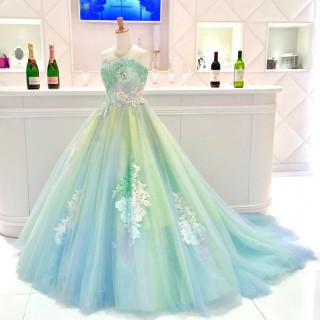 【ゆったり平日相談会♪】ご希望の方はドレス試着体験もできます★