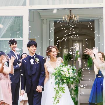 【公式HP限定】初めての結婚式場見学で最大10,000円分のカタログギフトをプレゼント!