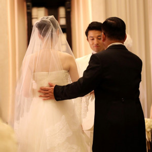 娘からお嫁さんに変わる瞬間|アーフェリーク迎賓館 大阪(テイクアンドギヴ・ニーズ)の写真(847837)