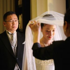 花嫁仕度を手伝う、お母様の最後のお仕事|アーフェリーク迎賓館 大阪(テイクアンドギヴ・ニーズ)の写真(2833627)
