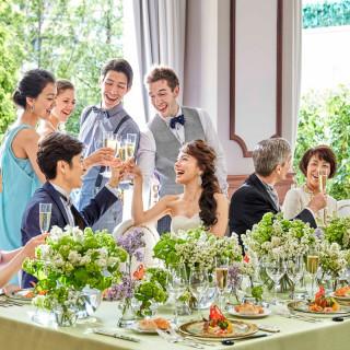 【ご成約頂いた方にもれなく】ウェディングドレス1着分&結婚式当日のドリンク代全額サービス!