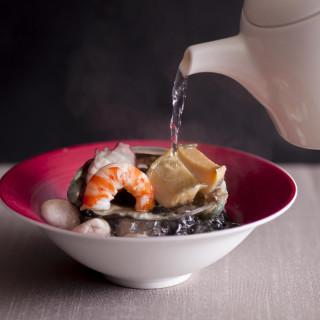 【料理重視者必見】豪華3コース食べ比べ試食×チャペル挙式体験