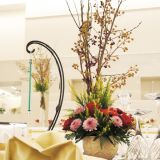 季節に合わせたコーディネート☆彡当式場ではフローリストと直接打合せも可能♪会場を彩る装花で会場をより華やかに★ドレスに合わせた装花選びやテーマに合わせて装花をプロデュース