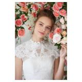 花嫁の美しさと可愛さを引き出すエクリュスポーゼのドレス