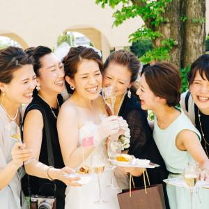 笑顔溢れる時間を大切なゲストと一緒に過ごして|ヴィラ・デ・マリアージュさいたまの写真(2369632)