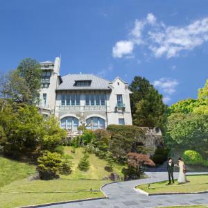 緑に包まれた1万平米の敷地が、おふたりのウエディングの舞台に。 神戸迎賓館 旧西尾邸の写真(4166884)