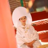 白無垢に身を包んだご新婦様、洋髪に綿帽子をかぶられたお姿。素敵です。
