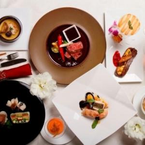 【人気NO1】口コミで話題!2.6万円の贅沢コース試食×演出・挙式体験