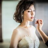 ウェディングドレスからカラードレスまでトレンドを押さえた衣装を豊富に取り揃えております。