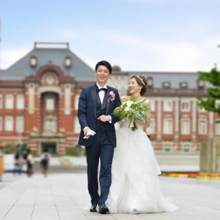 来館された方に結婚式当日の東京駅舎前でのロケーション撮影プレゼント