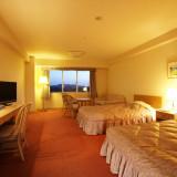 広々とした開放感たっぷりのゲストルームは全291室。多彩な部屋タイプをご用意しております。