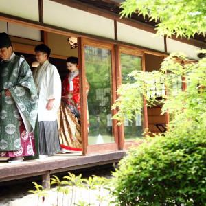 国指定の重要文化財である旧川上家別邸での神前式は、ゲストの記憶にしっかりと残る厳かな雰囲気が演出できる|迎賓館 サクラヒルズ川上別荘の写真(809359)