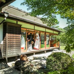 旧川上家別邸での神前式は雅楽の生演奏で挙式を執り行います|迎賓館 サクラヒルズ川上別荘の写真(804272)