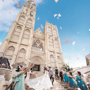 ◆プレミアム4Days◆テーマパークWD体験×煌めきの大聖堂×豪華試食