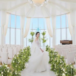360°ガラス張りの先輩カップルに大人気のグラスチャペル|ANAクラウンプラザホテル岡山の写真(2970172)