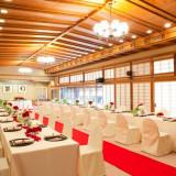 挙式・披露宴会場として使用しております大広間「お蝶の間」は、国の登録有形文化財に指定。